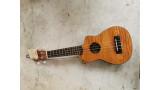 Korala sapele sopraan, elektrisch met cut-away
