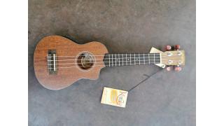 Korala mahonie sopraan, elektrisch met cut-away